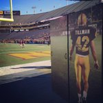 For the final time today #TaylorKelly runs out of the #TillmanTunnel - #SeniorDay @Pac12Networks @FootballASU http://t.co/zKEVqnEIrF