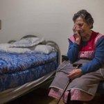 El Rayo Vallecano alquilará un piso a la anciana desahuciada ayer http://t.co/LcCeqTHB94 Por toda su vida #desahucios http://t.co/sWzBF7FbnA