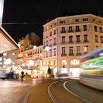 Rdv dès aujourdhui au Marché de Noël de #Grenoble avec les lignes A, B, C1, C3, C4, 17 et 40 arrêt Victor Hugo http://t.co/HB2H5pmP0P