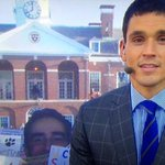 Whos that peekin in on ESPN College Game Day? #WallachHead http://t.co/fNEHsQ43GF