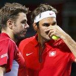 Cest officiel : la paire Wawrinka / Federer affrontera finalement Benneteau / Gasquet ! Vos pronostics ? #CoupeDavis http://t.co/SdOSkiTRId
