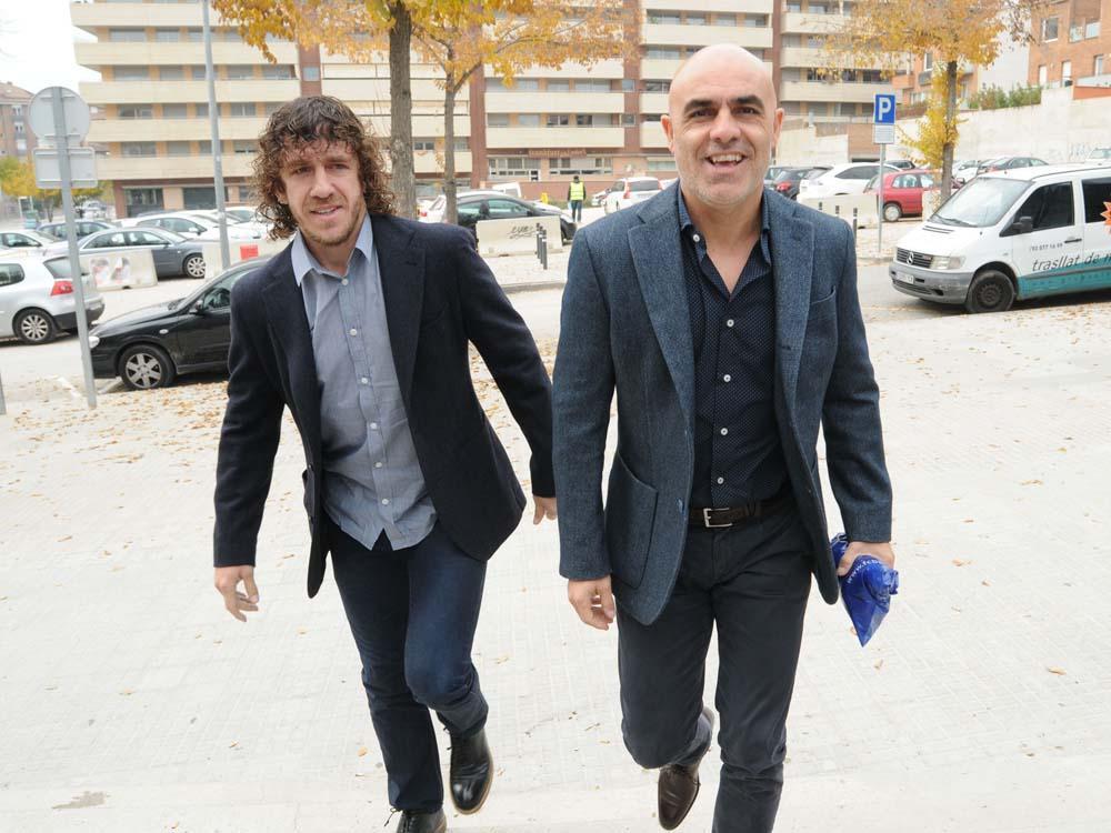 Llegando a las JMEB acompañado de mi amigo @Carles5puyol para participar en la charla sobre el deportista de élite. http://t.co/4qwuYQvqiX
