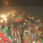 A view of Gujranwala at the moment, live picture! Enthusiasm in the rally #GujranwalaStandsWithIK http://t.co/gqfnjYnN7O