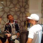 That is one famous conversation! @Pharrell, @LewisHamilton and @TyreseGibson #AbuDhabiGP #F1 http://t.co/ABeg4yvDiJ