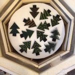 Batch of glass Christmas tree decorations in kiln ahead of @E17Designers market next Sun & popup shop 3rd-7th Dec http://t.co/LrhdQr09FP