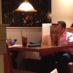 A grown man is mad at his girlfriend at Olive Garden & has made a menu fort 😂💀 http://t.co/0Yjtno4Z03