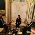 Trilat has started. What does it mean they sat together rather than at bargaining table? #irantalksvienna http://t.co/NwTZkj9DyB