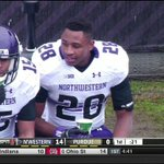 Watch a Northwestern player slowly realize you can't drink water while wearing a helmet: http://t.co/3UdXn9c0R3 http://t.co/ZvJiiWYUqE