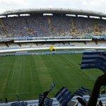 """@Bicolor1914 Estádio enchendo por completo! Lindo demais! http://t.co/ABGdVXBnFE"" ????????????????????"