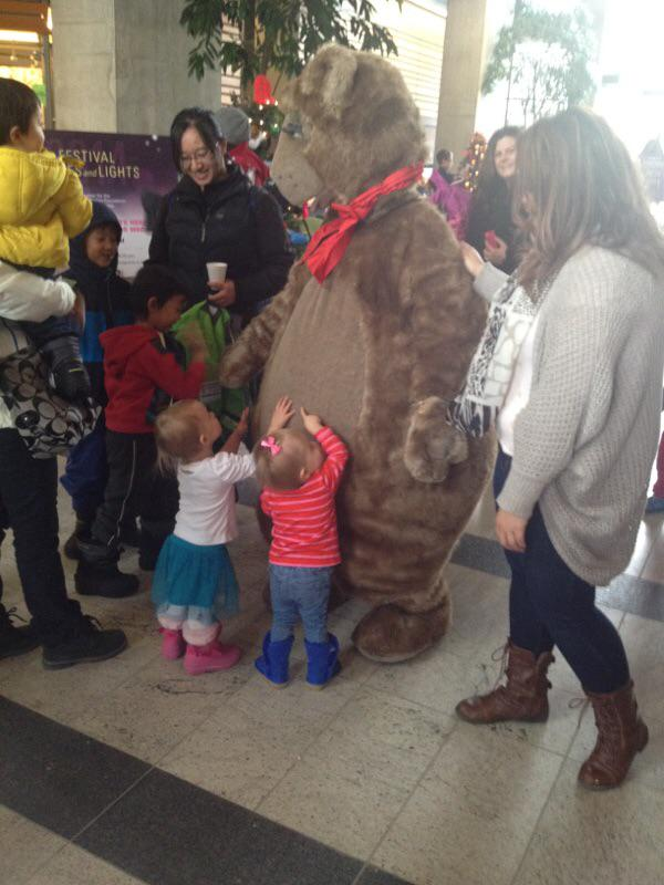 We had a wonderful time at the #FestivalofTreesandLights - Family day. Thank you for having us! http://t.co/qO062Vke9E