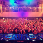 Cardiff, 4am, this is why we love you <3 http://t.co/IZLbIF78a4