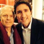 Au #salondulivremontreal2014 préparation de la prochaine campagne référendaire, le match @jflisee @JustinTrudeau http://t.co/MPukkrxjJZ