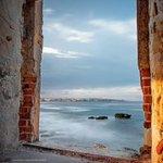 """""""@seisiciliano: ...una finestra su Ortigia! Buona sera #Sicilia #Sicily #siciliabedda http://t.co/22fe9uN5aE"""" #infosicily"""