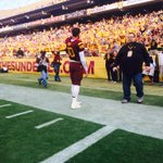 QB @Taylor_Kelly10 came back out to the field to thank the #Inferno & #SunDevilNation one more time http://t.co/AB6OR726ZP