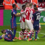 Di Maria goes down as Giroud and Rooney have a disagreement: http://t.co/Y20VFdTBZA http://t.co/QXev329dv7