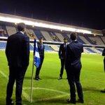 Ya estamos en Riazor, los jugadores pisan el campo. Bonitos recuerdos!! #RealSociedad http://t.co/V0XZesGcfd