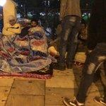 Πρεπει να βρεθει μια λυση ΑΜΕΣΑ. Παιδια κοιμουνται στο δρομο μεσα στο κρυο. http://t.co/Wkk95nISe5