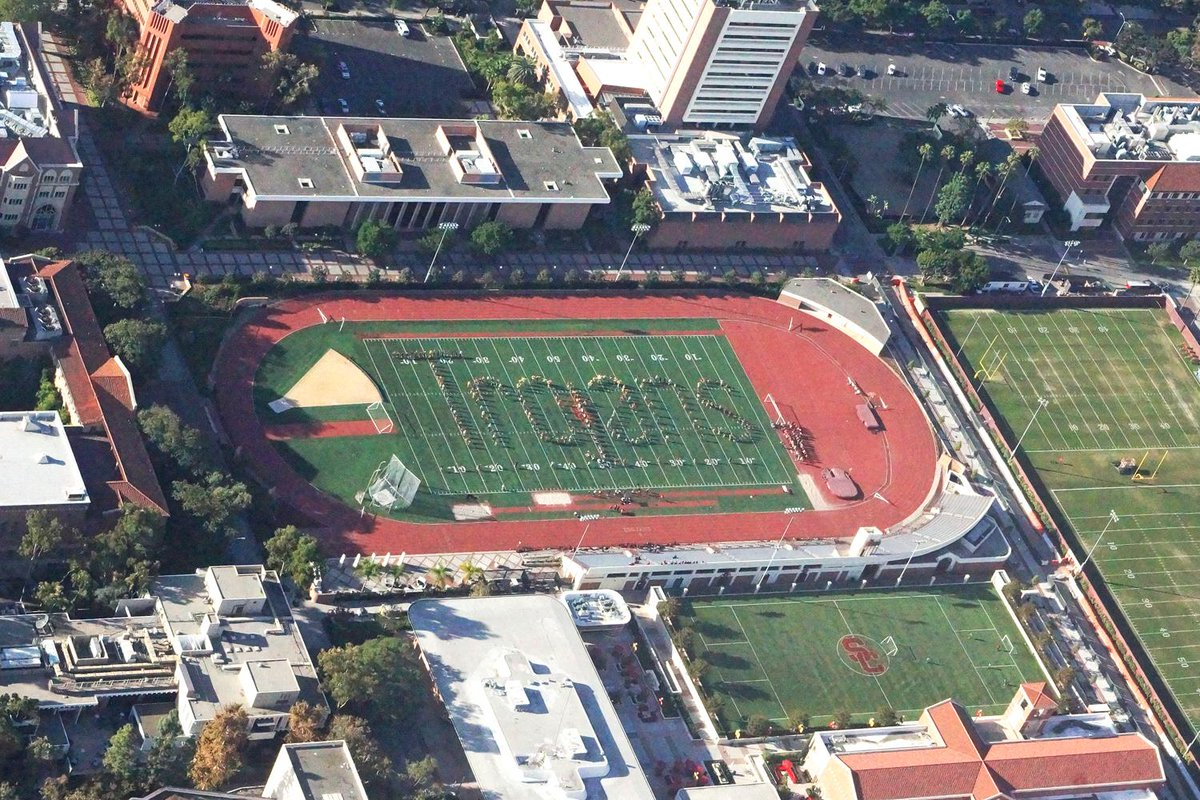 Even from 2,000 feet up, you can see who runs LA. http://t.co/EPrHp9uTZL
