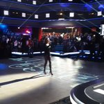 Cest le moment de la chanson de @SandQuetierOff avant le début du prime ! @DALS_TF1 #dals http://t.co/blHQoiqHlf