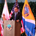 Mayor @RobertGarciaLB and Sheriff-elect Jim McDonnell celebrate appointment of new @LongBeachPD_CA Chief Robert Luna http://t.co/dOfbzZRYCn