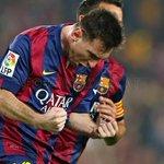 Com 252 gols, Messi se converte no maior artilheiro da história da @LaLiga. O gênio é ovacionado pelo Camp Nou. http://t.co/D2BdTxY5Mf