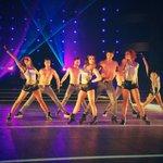 #DALS RT ovation pour les danseurs pro ! http://t.co/Uwvy3SFsZj