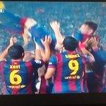 Messi #Légende  Meilleur buteur de lhistoire de la Liga : 252 buts Meilleur buteur de lhistoire de la LDC : 71 buts http://t.co/V3sbB4LAZD