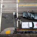 Window washer survives 11-storey fall from San Francisco roof onto moving car http://t.co/x2fEzioBOv http://t.co/coC0YajbXc