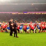England and Samoa link arms on the pitch. A mark of respect for each other after a hugely physical game #ENGvSAM http://t.co/y0sdEIelyf