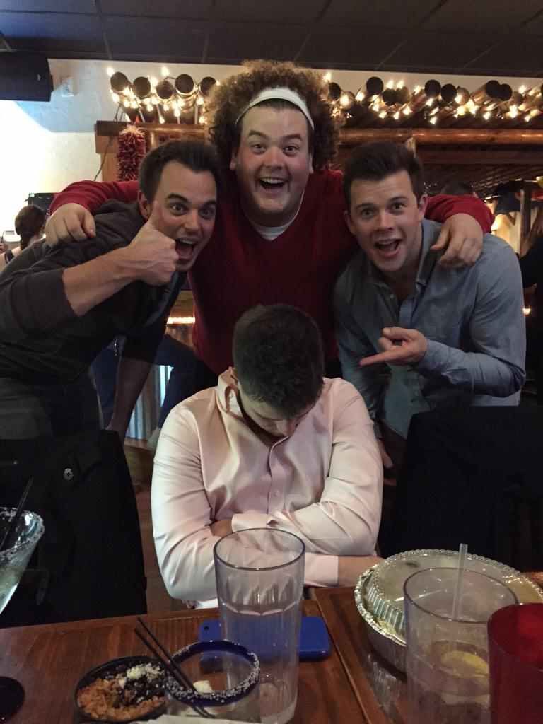 Kids.. This is why u shouldn't drink @THEEdarinbrooks @robramsay77 @JimmyTatro http://t.co/K1H64xNAhY