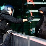 Activists storm new #EU central bank police pepper sprays protestors in Germany v/@HumanRightsAnon #antireport http://t.co/h2kFDaDXHP