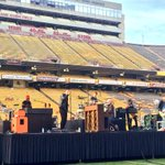 Ending a Sun Devil victory with @TheFray concert at Sun Devil Stadium http://t.co/gdUBrq8HIm