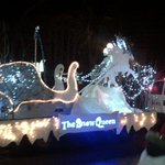 The Snow Queen by @KFPL! #SantaClausParade http://t.co/SahE6vfmiP