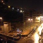 Llueve con mucha intensidad en #LPGC. Recuerda que estamos en alerta amarilla. #Autoprotección http://t.co/u1v0sMbFwO