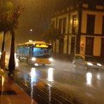 Llueve mucho en Las Palmas de Gran Canaria #Alerta #Precaución http://t.co/5ytAjerqGF
