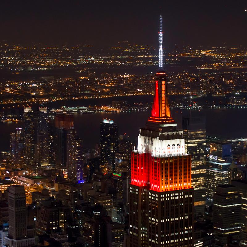 Love seeing the @EmpireStateBldg lit in both Lehigh & @LafCol colors for #Rivalry150! http://t.co/j5jmb6pnIH