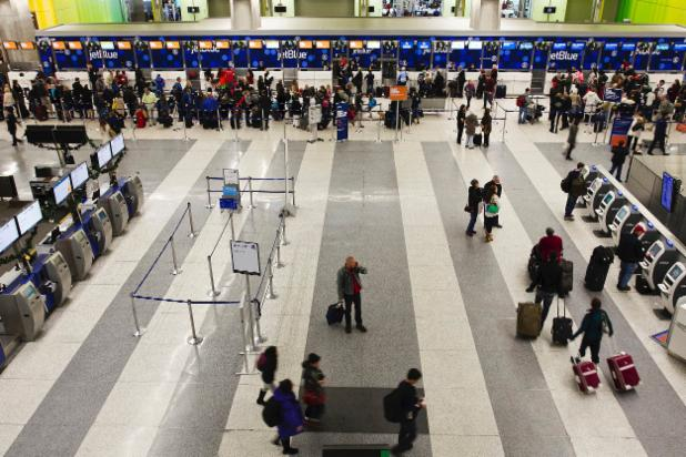 Man arrested in bizarre naked rampage at Boston airport http://t.co/Uh9oAGlnNX http://t.co/ioWoFlWXYq