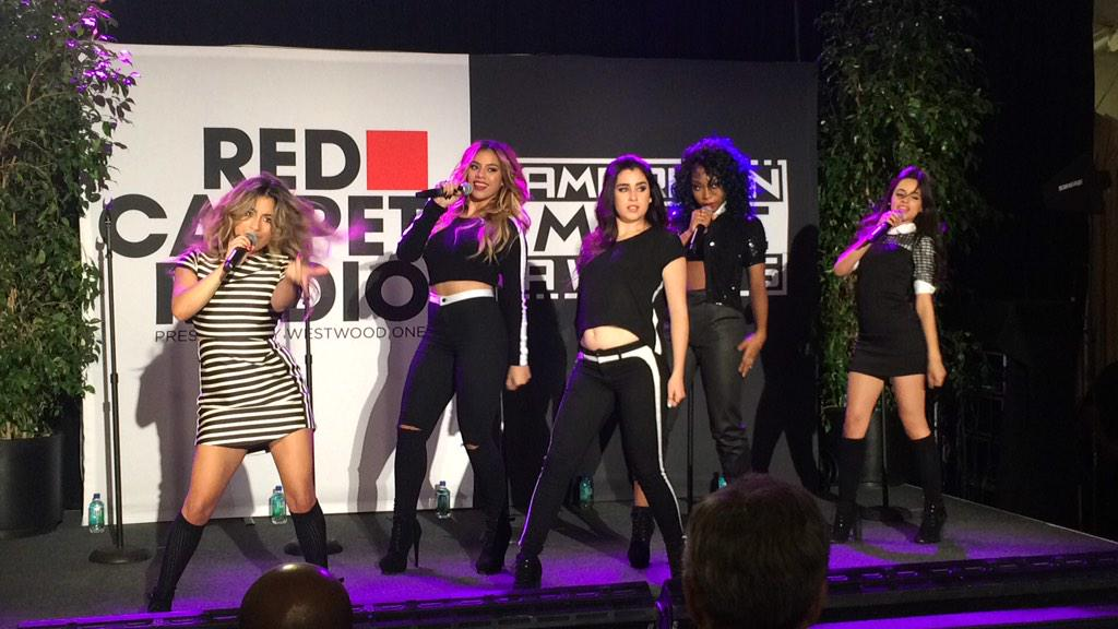 .@FifthHarmony is CRUSHING #sledgehammer on stage right now. CRUSHING. #AMABert #AMAs http://t.co/uGcG3z6pCP