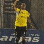 """@afa: [PRIMERA C] Flandria derrotó 3-1 a San Telmo y ascendió a la Primera B. http://t.co/z0lBO8zwGl""// felicitaciones Canario"