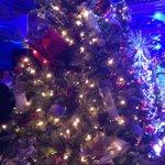 Love the @hopebloomshfx Tree! #FOT2014 http://t.co/znz9PaN40h