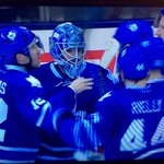 Stephane Robidas shows what a real leader is and tells Phaneuf what should be done #Leafs #LeafsNation http://t.co/BzucOZlsxi