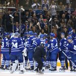 The @MapleLeafs handled the @DetroitRedWings 4-1 tonight, and the fan salute returned #TMLtalk http://t.co/jey1GhNzFn http://t.co/UBQiiXERFG