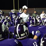 3rd QTR underway for the Weslaco vs. Laredo United game in San Antonio. Laredo United leads 19-7 #TXHSFBPlayoffs #RGV http://t.co/iiKYQN1laF