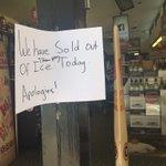 Signs of hotness #Sydney http://t.co/FkgPjYB811