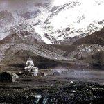 1880s :: Kedarnath Temple http://t.co/kBm6kzMD2f