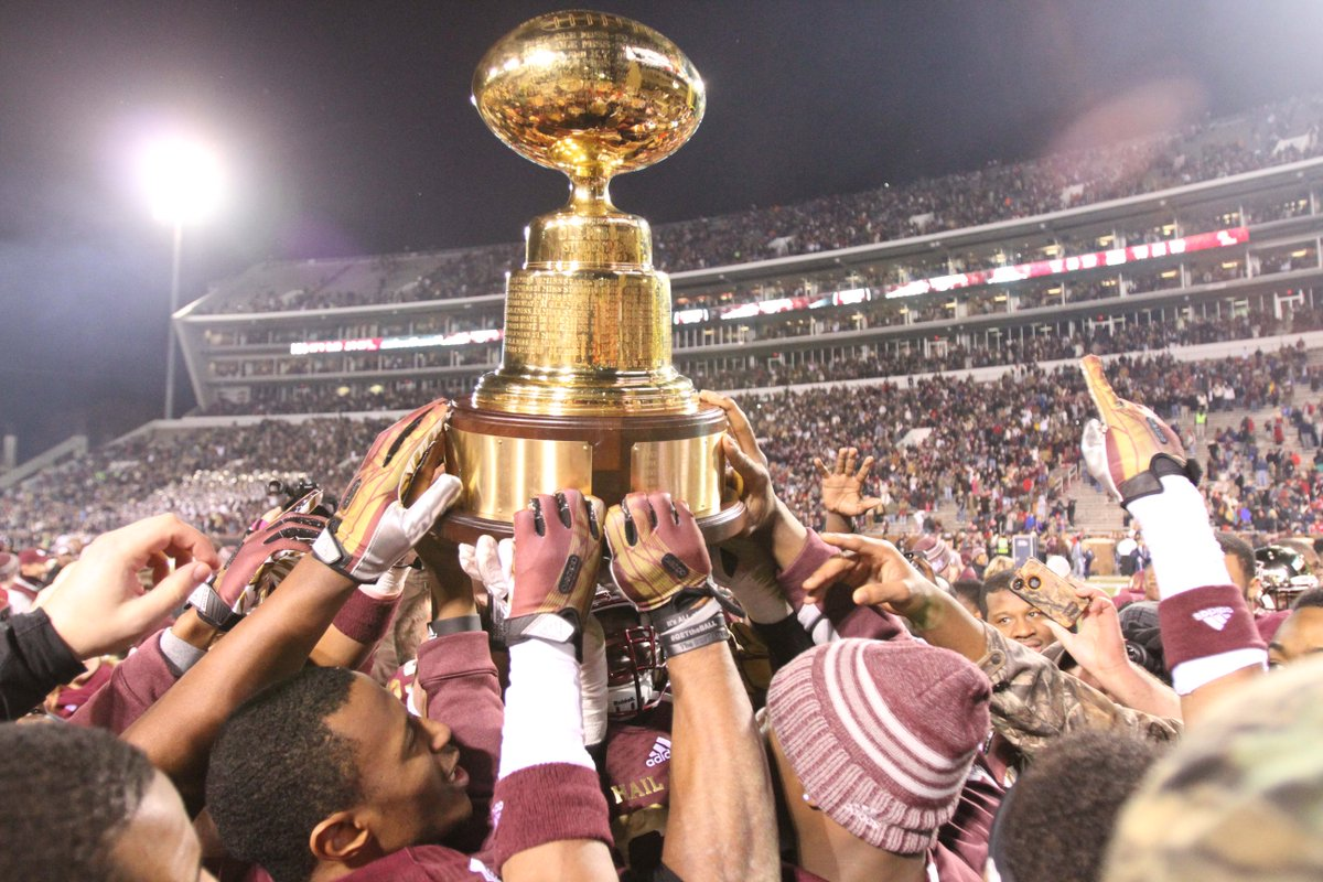 Rivalry week begins NOW. Retweet if you're ready for the Egg Bowl! http://t.co/CQn2aSlJfr