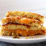 Ramen + Grilled Cheese = The Ramen Grilled Cheese Sandwich http://t.co/Nt0wKob59t #montreal #quebec http://t.co/EK4WZfSlBf