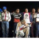 Calle 13 se reúne con padres de los normalistas de Ayotzinapa http://t.co/xrUd1HuaUB #Ayotzinapa #YaMeCansé http://t.co/FDi5VaYhuh