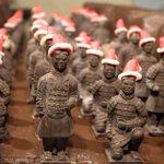Chocolate entombed warriors in Santa hats in Xian, proving Xmas dates to Qin era: http://t.co/oxikBlOeWZ http://t.co/wsQobnwHEh