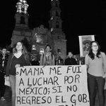 La mayoría del pueblo mexicano no puede estar equivocado #YaMeCanse #nosomosdelincuentes @LIZGALLARDO1 @erendiritas http://t.co/a9RVK87OnZ